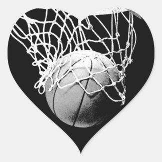 Pegatina del corazón del baloncesto