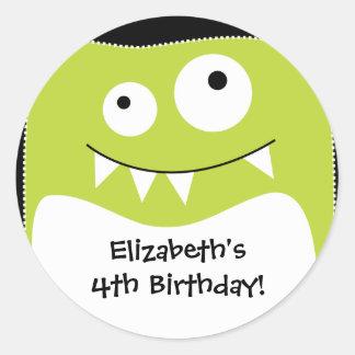 Pegatina del cumpleaños del golpe del monstruo de