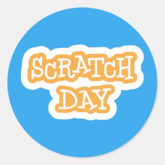 Pegatina del logotipo del día del rasguño pegatina redonda