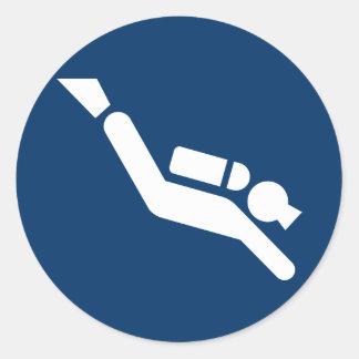 Pegatina del símbolo del buceo con escafandra
