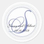 Pegatina en bígaro - S del monograma del círculo