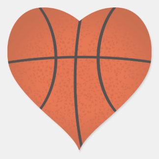 Pegatina en forma de corazón del baloncesto