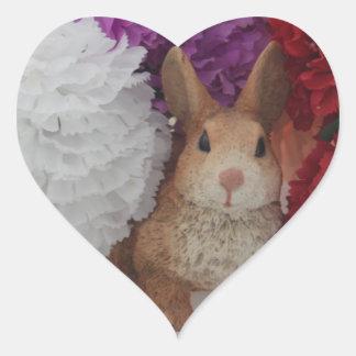 Pegatina lindo del corazón del conejo