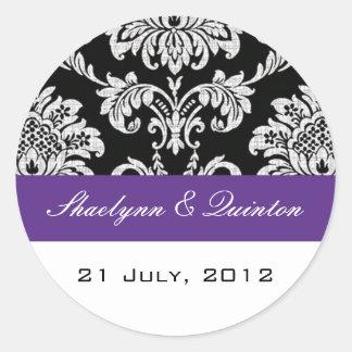 Pegatina negro y púrpura del boda del damasco