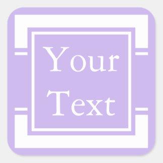 Pegatina o etiqueta púrpura y blanco con el texto