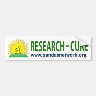 Pegatina para el parachoques: Investigación = cura Etiqueta De Parachoque