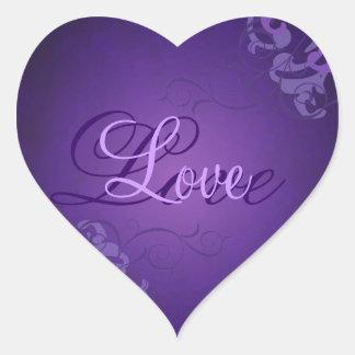 Pegatina púrpura del amor del corazón púrpura nobl