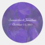 Pegatina púrpura del boda de la flor del iris