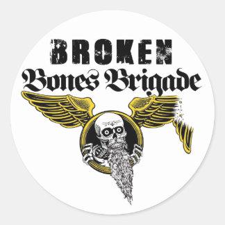 Pegatina quebrado de la brigada de los huesos