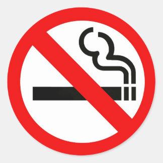 Pegatina redondo con símbolo de no fumadores