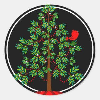 Pegatina redondo del pájaro rojo del árbol de