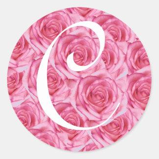 Pegatina rosado de los rosas de la letra C del