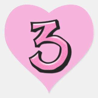 Pegatina rosado del corazón del número 3 tontos