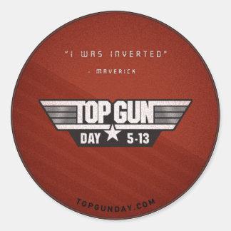 Pegatina v2 del día de Top Gun - me invirtieron