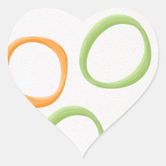 Pegatina verde anaranjado pintado del corazón de