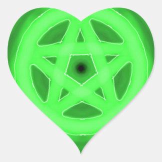Pegatina verde del corazón del pentáculo que