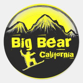 Pegatinas amarillos de la snowboard de Big Bear Pegatina Redonda