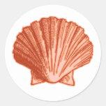 Pegatinas anaranjados del Seashell del melocotón Pegatinas Redondas