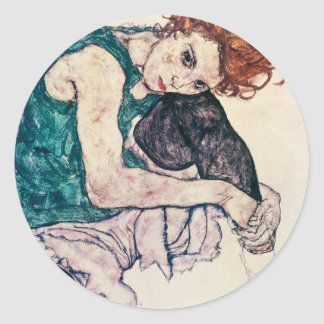 Pegatinas asentados Schiele de la mujer de Egon Pegatina Redonda