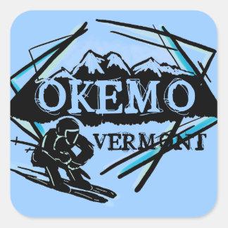 Pegatinas azules de la montaña del esquí de Okemo Pegatina Cuadrada