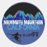 Pegatinas azules del arte del esquí de Mammoth Pegatinas Redondas