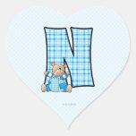 """Pegatinas azules del corazón del monograma """"N"""" del Pegatina En Forma De Corazón"""