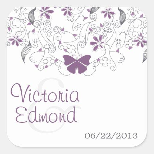 Pegatinas banales púrpuras del boda de la mariposa colcomanias cuadradass