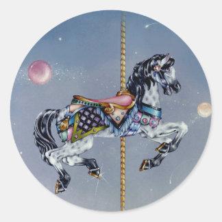 Pegatinas - caballo gris del carrusel de la yegua pegatina redonda