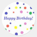 Pegatinas coloridos del feliz cumpleaños de los etiqueta redonda