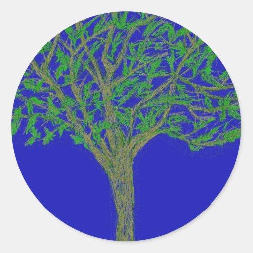 Pegatinas con el ejemplo del árbol y del cielo etiquetas redondas