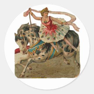 Pegatinas de la bailarina del circo del caballo pegatina redonda