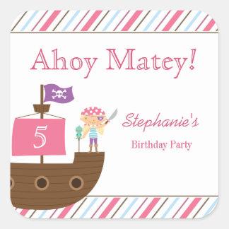 Pegatinas de la fiesta de cumpleaños del pirata colcomanias cuadradas