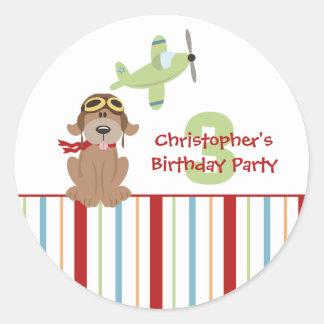 Pegatinas de la fiesta del cumpleaños del muchacho pegatina redonda
