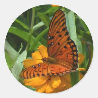 Pegatinas de la mariposa del Fritillary del golfo Pegatina Redonda