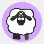 Pegatinas de las ovejas del pirata pegatinas redondas