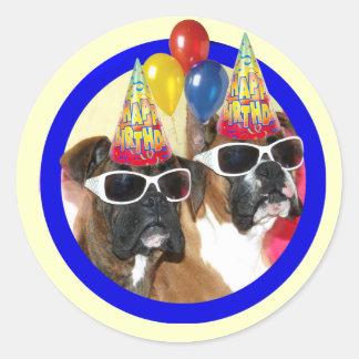 Pegatinas de los boxeadores del feliz cumpleaños pegatina redonda