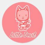 """Pegatinas de """"poco diablo del ángel… pequeño"""" pegatina redonda"""