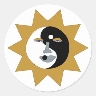 Pegatinas de Ying Yang Sun Etiqueta Redonda