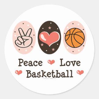 Pegatinas del baloncesto del amor de la paz etiquetas redondas