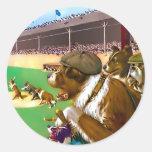 """Pegatinas del béisbol:  """"Perros del béisbol """" Pegatina Redonda"""