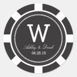 Pegatinas del boda de la ficha de póker - negro pegatina redonda