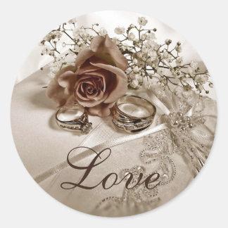 Pegatinas del boda del amor etiqueta redonda