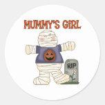 Pegatinas del chica de la momia de Halloween Etiqueta Redonda
