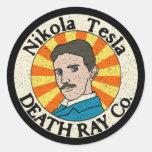 Pegatinas del Co. del rayo de muerte de Nikola Pegatina Redonda