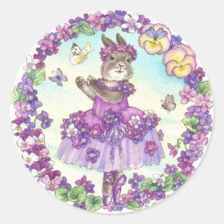Pegatinas del conejito de la bailarina violetas pegatina redonda