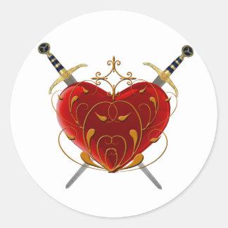 Pegatinas del corazón y de las dagas pegatina redonda