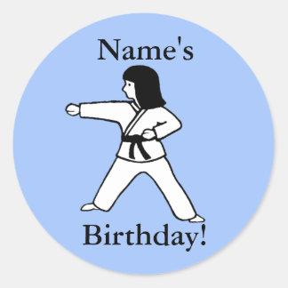 Pegatinas del cumpleaños del chica de los artes ma