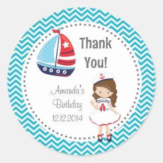 Pegatinas del cumpleaños del chica del marinero pegatina redonda