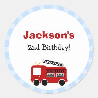 Pegatinas del cumpleaños del coche de bomberos de pegatinas redondas
