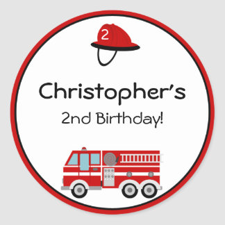 Pegatinas del cumpleaños del coche de bomberos pegatina redonda